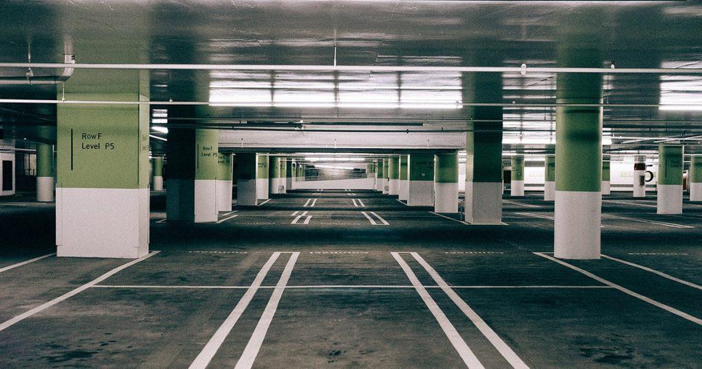 Noktara - Wirtschaft - Moschee vermietet ungenutzten Parkplatz