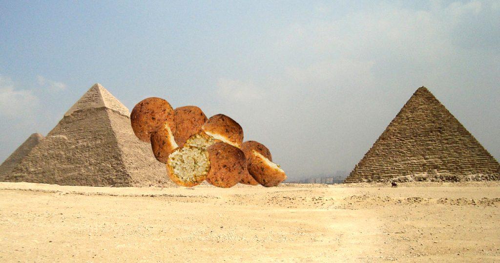 Noktara - Unausgewogene Ernährung - Falafel rollen von Lebensmittelpyramide runter
