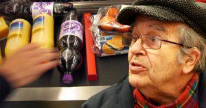 Noktara - An der Kasse - Alman gerät wegen fehlendem Warentrenner in Panik