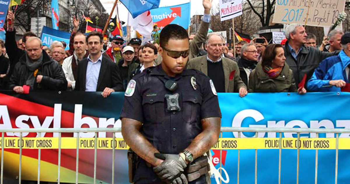 Charlottesville: Schwarzer Polizist beschützt protestierende Neonazis