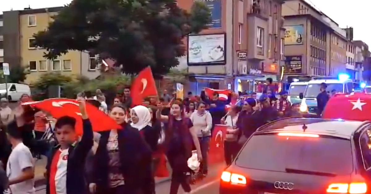 Noktara - Deutschland raus - Türken feiern Vorrunden-Aus