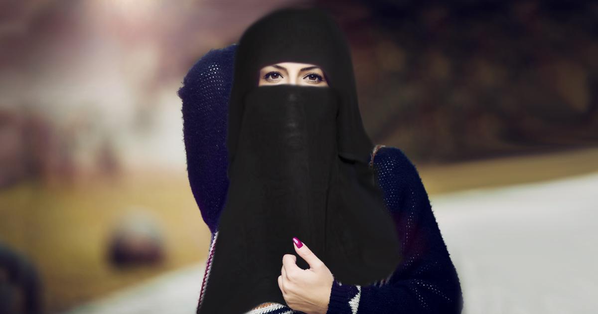 Diese sexy Niqabi hat für uns ihren Schleier abgelegt