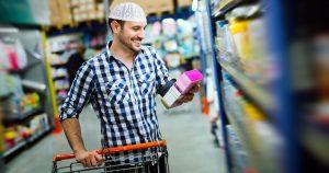 Noktara - Einkaufen im Ramadan - Fastender Muslim kauft im Supermarkt nur eine Sache