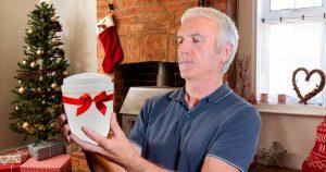 Noktara - Großvater bekommt zu Weihnachten eine Urne geschenkt