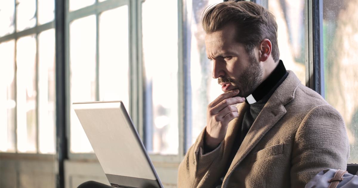 Noktara - Katholischer Pfarrer googelt, was überhaupt an Fronleichnam gefeiert wird