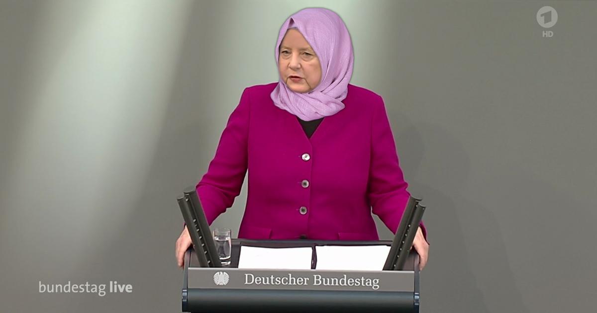 Bundeskanzlerin Angela Merkel mit Kopftuch während ihrer Regierungserklärung.