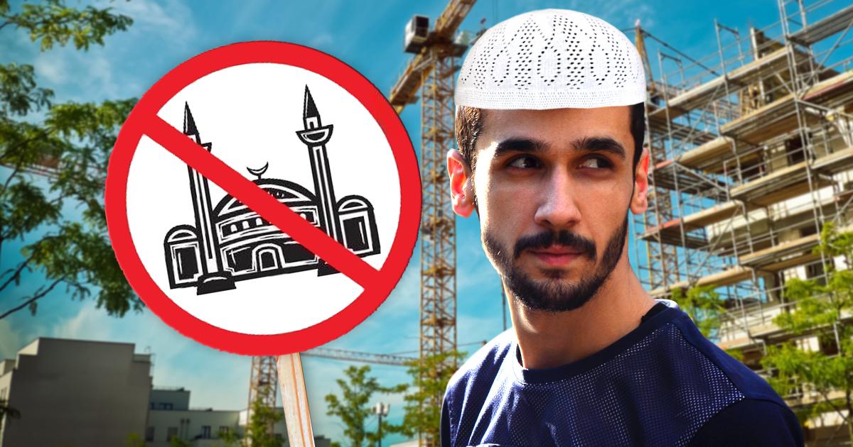 Muslim demonstriert gegen Moscheebau