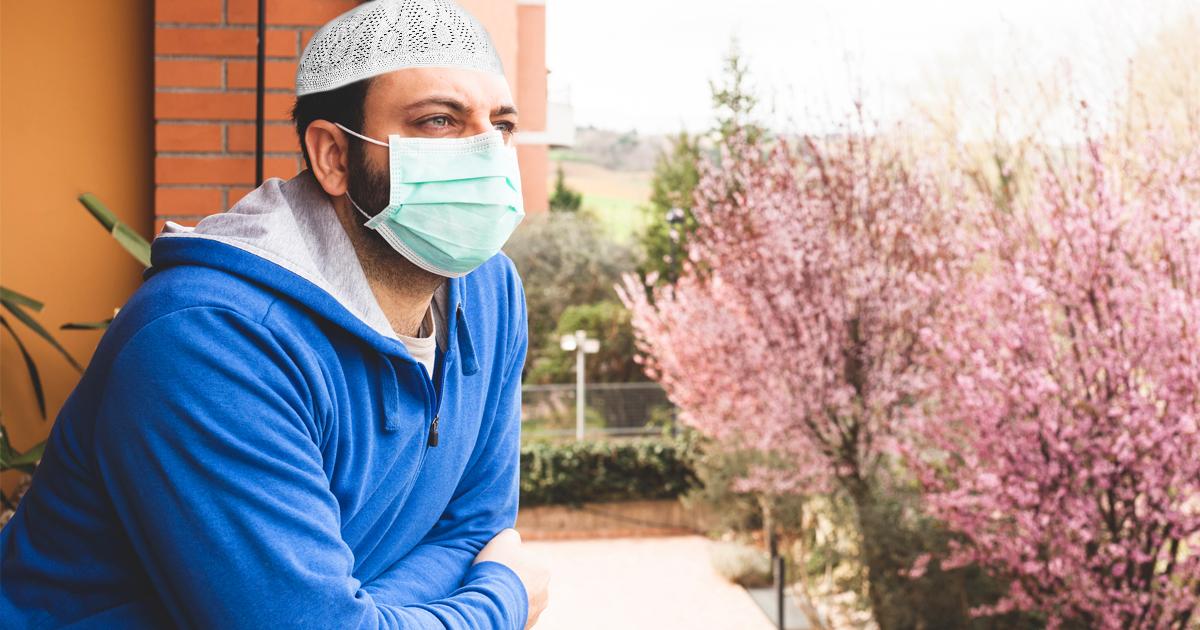 Noktara - Muslim, der sonst nie zur Moschee ging, will plötzlich unbedingt hin