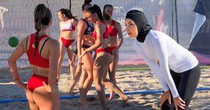 Noktara - Muslimische Beachhandballerin wegen langer Kleidung disqualifiziert
