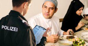 Noktara - Ramadan trotz Coronavirus - Polizei soll Muslime zum Essen zwingen