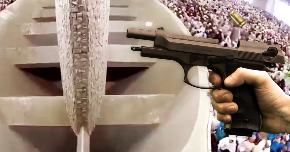 Schießerei: Pilger knallt symbolisch den Teufel ab