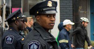 Noktara - Schwarzer Polizist - Wenn ich das mit einem Weißen getan hätte, wäre ich meinen Job los - Goerge Floyd - Update