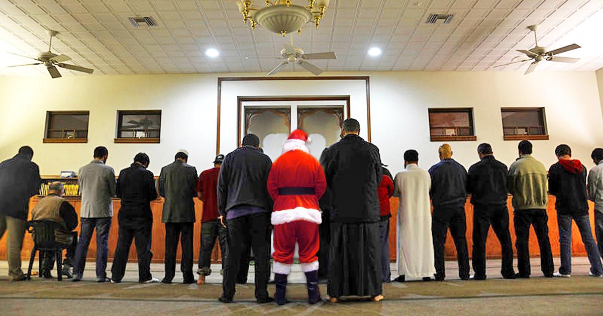 Der Weihnachtsmann neulich beim Freitagsgebet.