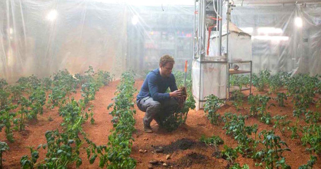 Noktara - Welt-Alman- Deutsche Astronauten pflanzen Kartoffeln auf dem Mars